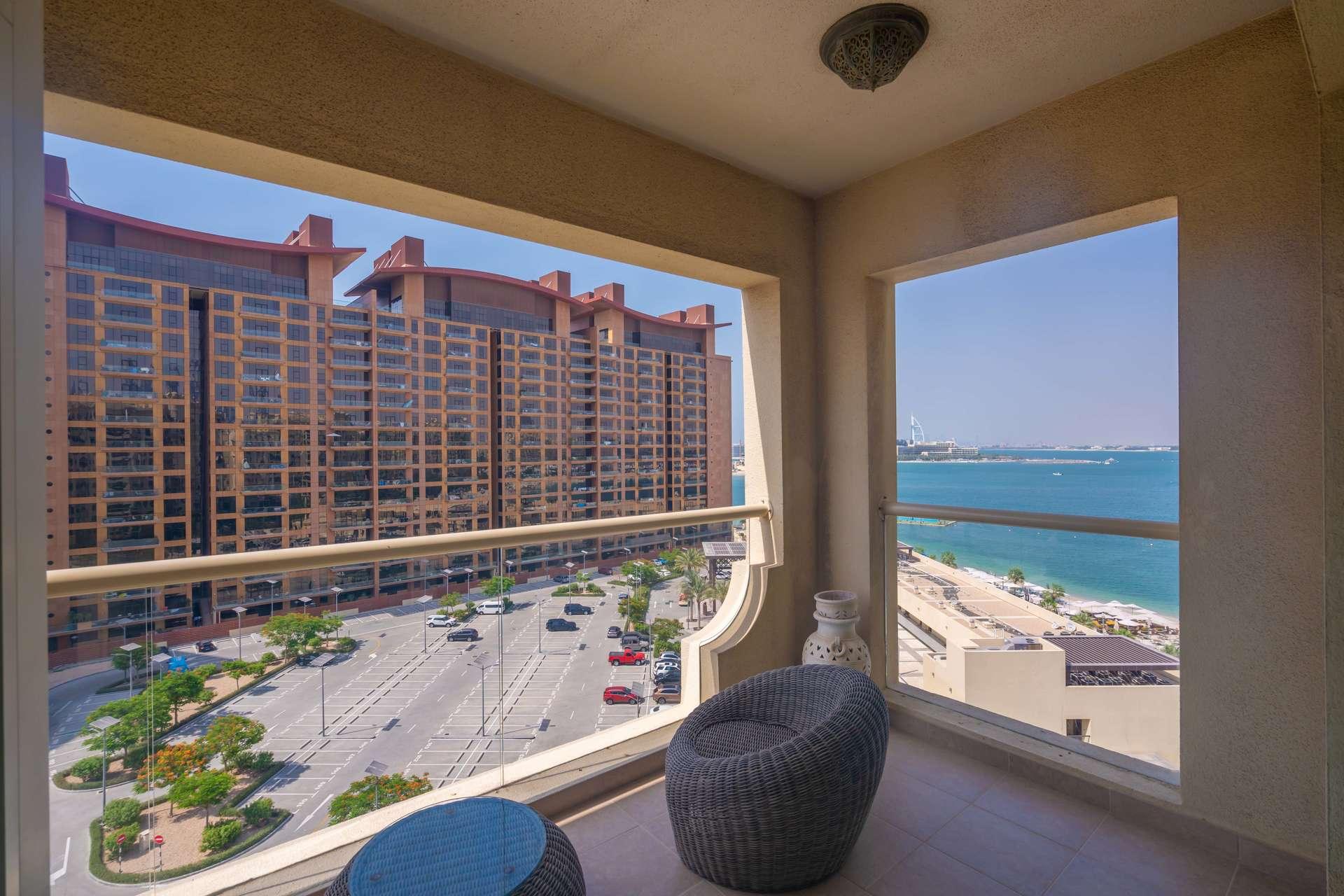 2 Bedroom Apartment in Shoreline Apartments, Palm Jumeirah, Dubai