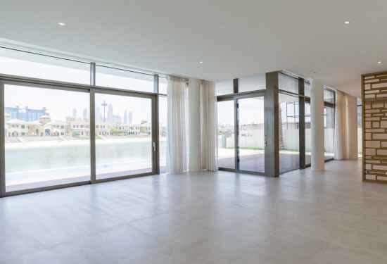 Luxury Property Dubai 5 Bedroom Villa for sale in Garden Homes Palm Jumeirah1