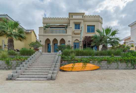 Luxury Property Dubai 4 Bedroom Villa for sale in Garden Homes Palm Jumeirah