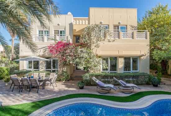 Luxury Property Dubai 5 Bedroom Villa for sale in Meadows 1 Emirates Living